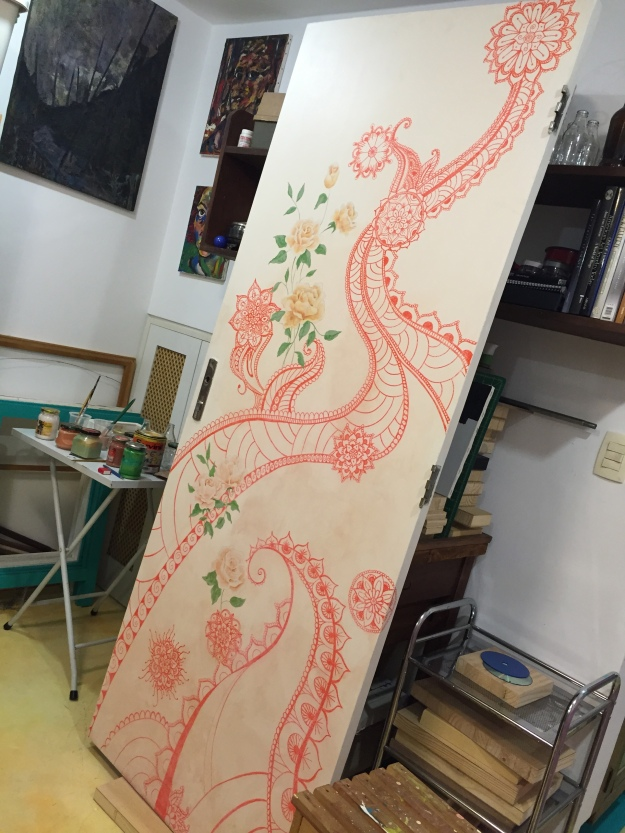pintura decorativa em porta